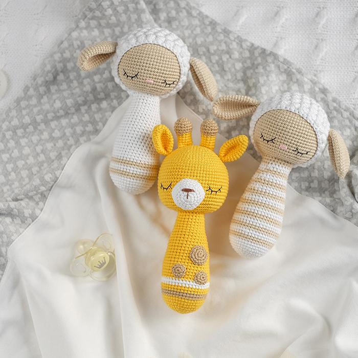 Butterfly baby rattle crochet pattern | Crochet patterns amigurumi ... | 700x700