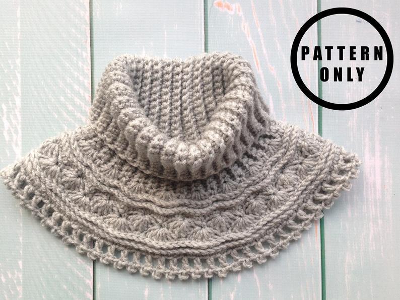 Grey Sea Waves Crochet Neck Warmer