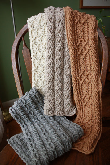 Mountain Range Scarves (Cable) - Click Image to Close