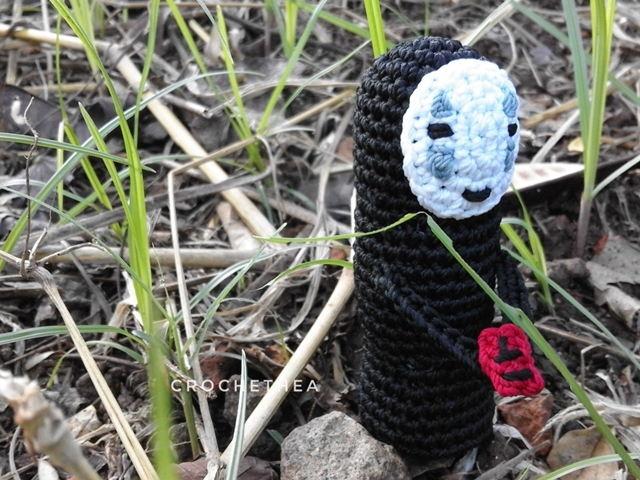 No Face Amigurumi Free Pattern (from Spirited Away movie)