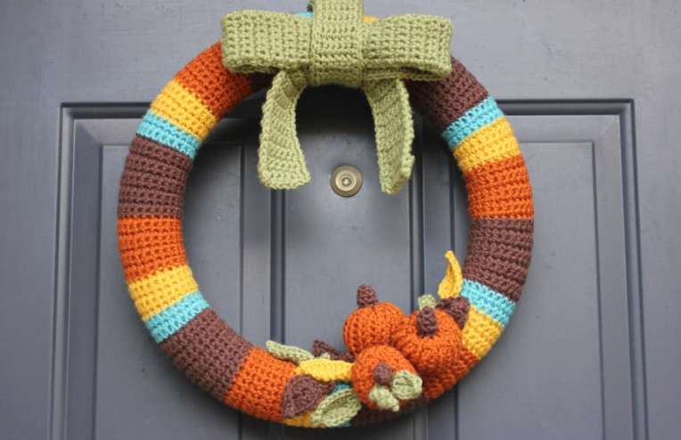 Free Crochet Pattern: Fall Wreath