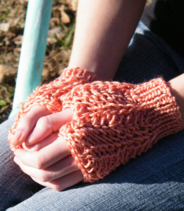 Lucia Fingerless Mitts Free Tunisian Crochet Pattern