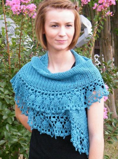CrochetKim Free Crochet Pattern | Paper Dolls Shawlette