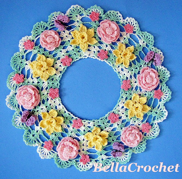 Free Crochet Pattern: Springtime Floral Candle Mat