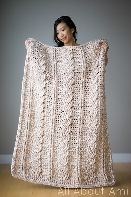 Free Crochet Pattern: Chunky Braided Cable Throw