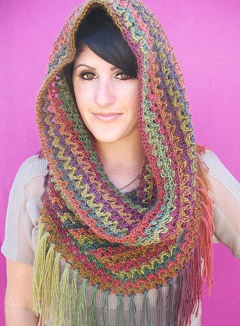 Free Crochet Pattern: Mountains Cowl