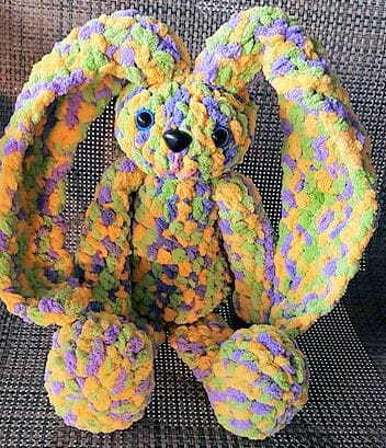 Free Crochet Pattern: Huggy Bunny