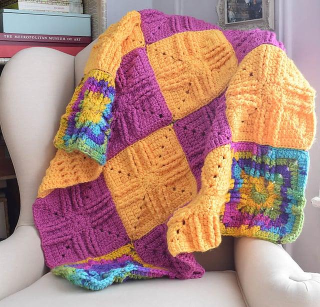 Free Crochet Pattern: Sweet Treat Baby Blanket