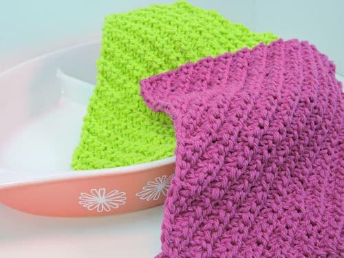 CrochetKim Free Knit Pattern: Diagonal Ribs Dishcloth