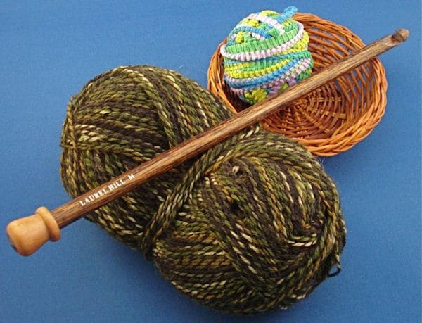 Getting Started with Tunisian Crochet: Choosing Your Hook with CrochetKim