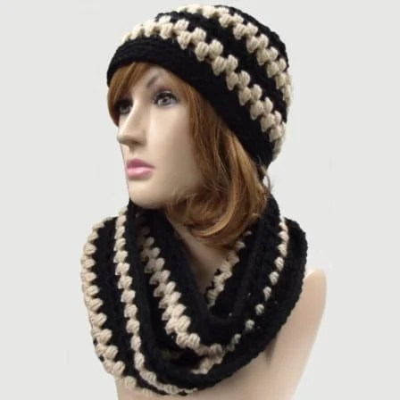 lace-and-puff-stitch-hat-and-cowl-4
