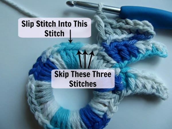 This image shows where to skip the stitches and where to slip stitch.