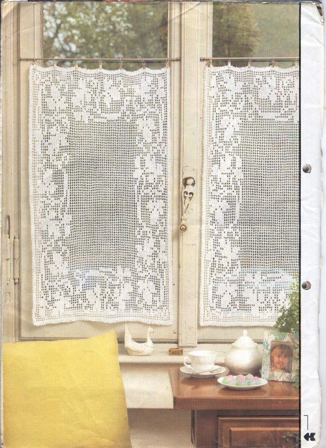 Crochet Curtain Patterns Crochet Cafe Curtains Crochetknitting For The Home Pinterest