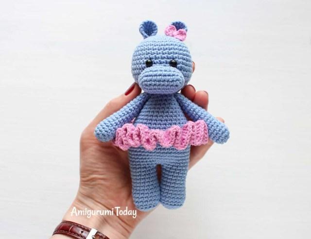 Cuddle Me Fox amigurumi pattern - Amigurumi Today | 492x640
