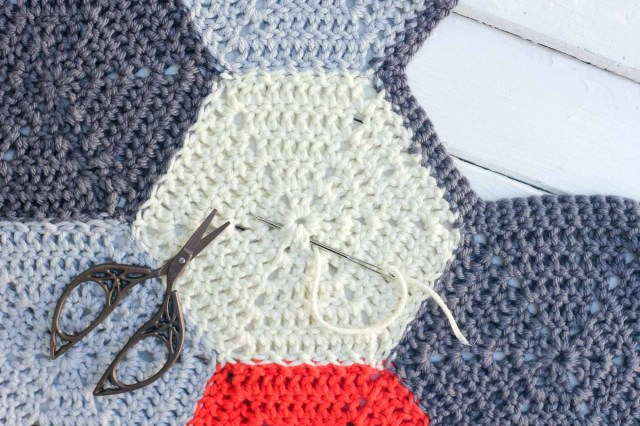 Hexagon Crochet Rug Pattern Crochet Hexagon Workshop Yarn In The Works