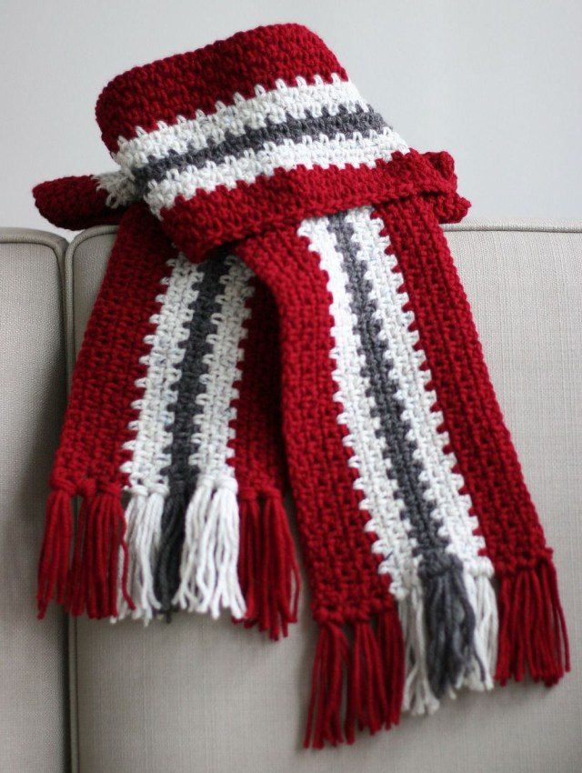 Male Scarf Crochet Pattern Crocheted Mens Stripe Scarf Make A Vertical Stripe Scarf Using