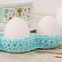 Awesome Easter Table Decor ~ Petals to Picots