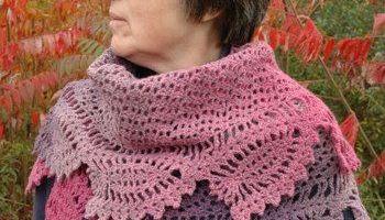 1c556e49c Shawl with Corkscrew Fringe ~ FREE Crochet Pattern