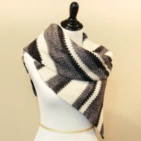 Ombre Shawl by Petals to Picots