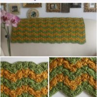 Triplet Ripple Baby Blanket by Marie Segares/Underground Crafter