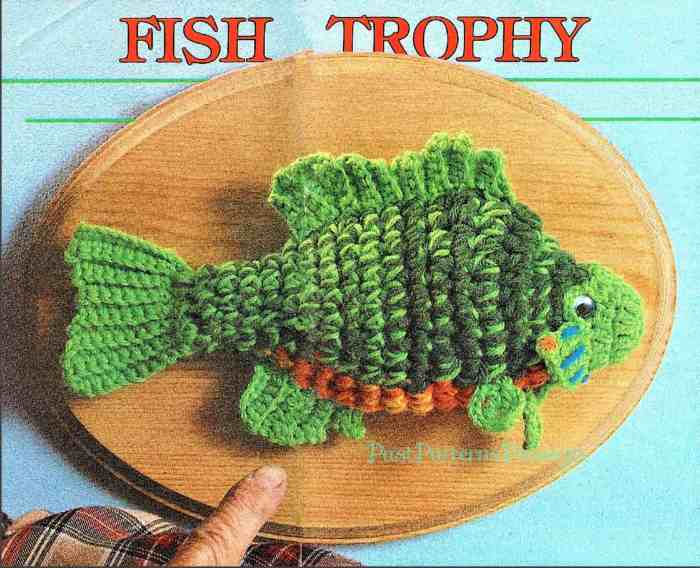 Photo of the crocheted trophy fish