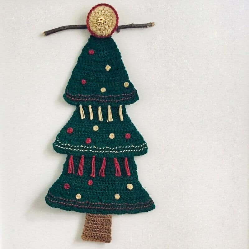 Christmas Tree Wall Hanging Crochet Pattern