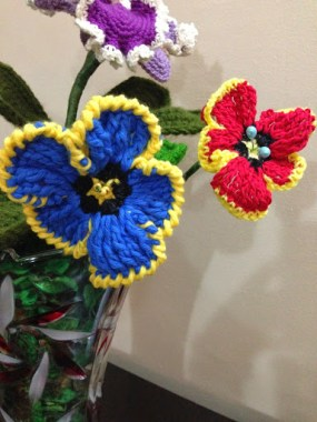 Frilly Pansy Crohet Flower