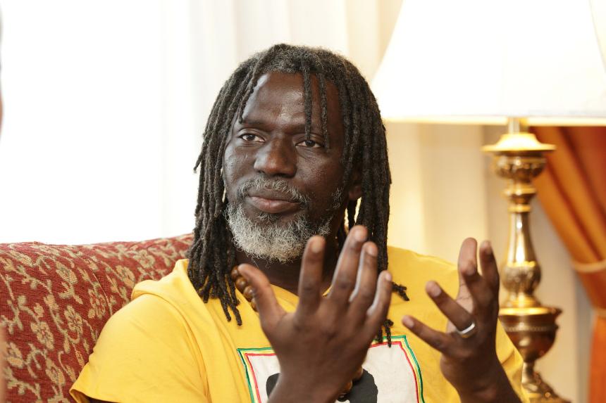 Interview/Tiken Jah Fakoly : «  je pense être l'une des voix les plus écoutées sur le continent(…) Dieu est très occupé »