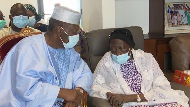 Choqué et sonné, Alassane Ouattara s'est muré dans un silence (Par Fernand Dedeh)