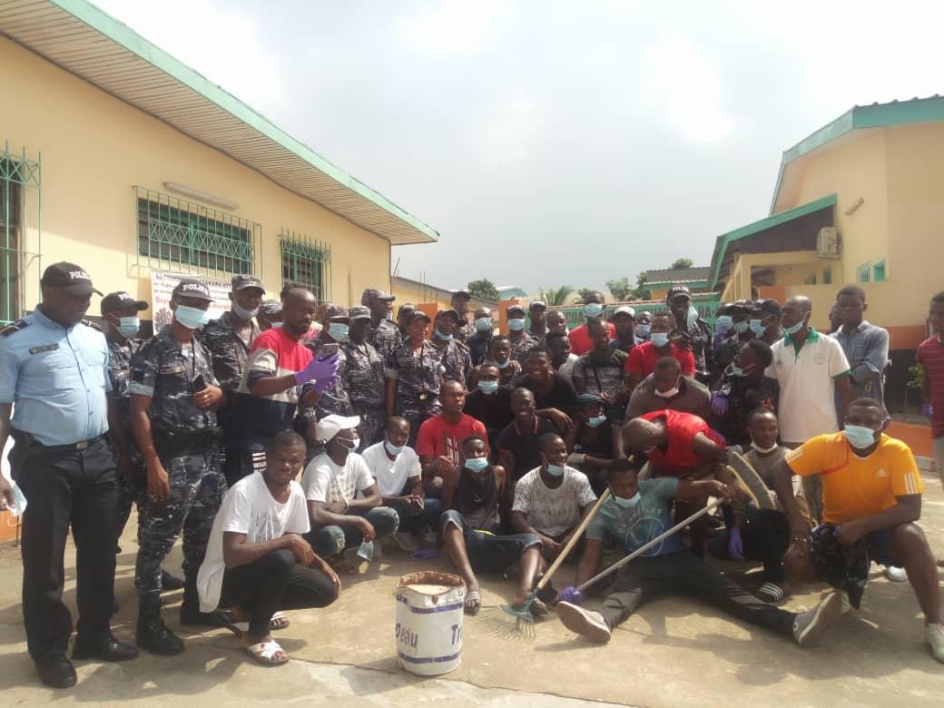 [Côte d'Ivoire Confiance et cohésion sociale] La police brise le mur de méfiance à l'hôpital de Yopougon-Ouassakara