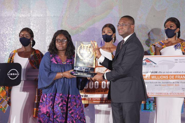 Marcelle Akissi Aka, la meilleure plume de l'Ebony 2020