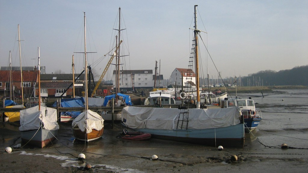 The river Deben in Woodbridge with Tide Mill in the background