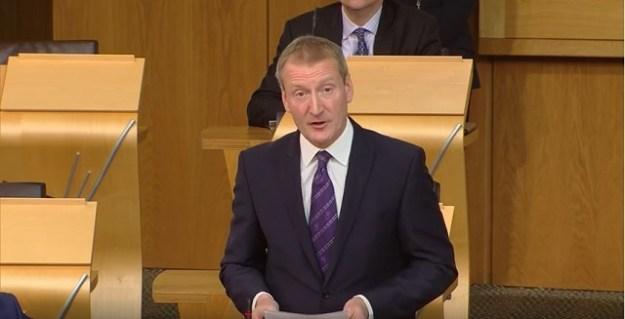 Tavish Scott MSP asks the First Minister questions on the turmoile at the Crofting Commission