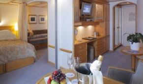 Commodore Suite - SeaDream Yacht Club