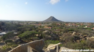 Escale à Oranjestad Aruba Ayo Rock Formation