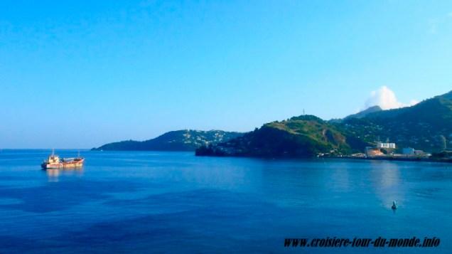 Escale à St Georges île de la Grenade vue de l'ile depuis le bateau