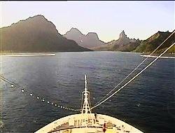 Croisière tour du monde austral 2017 Costa Croisière Webcam du Costa Luminosa en approche de Moorea à Tahiti
