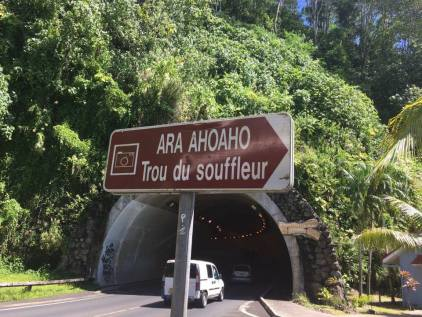 Croisière tour du monde Australe 2017 Anna Escale à Papeete Tahiti Le trou du Souffleur