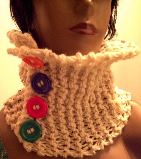Cowl with Buttons2