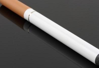 SUA: 12 decese au fost asociate ţigaretelor electronice