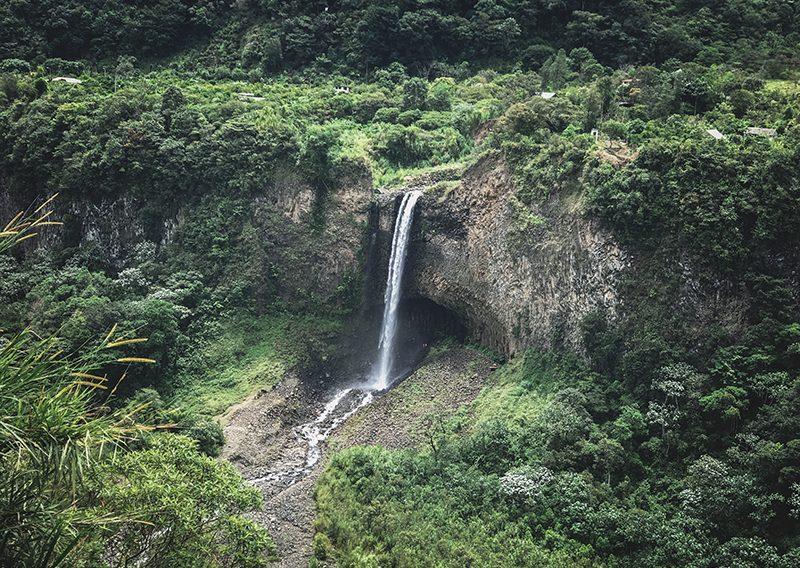 Ruta de las cascadas en Ecuador