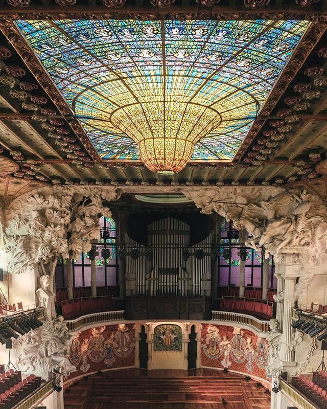 El Palau es de los mejores lugares para ver en Barcelona