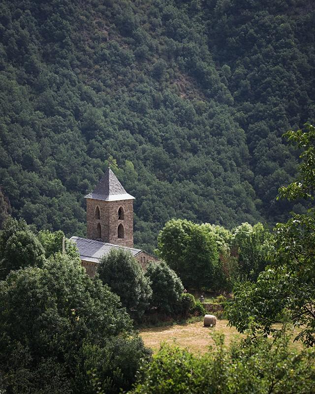 Iglesia románica Santa Maria de Cóll