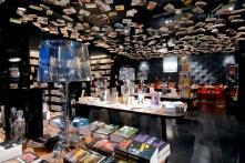 Cook and Books en Bruselas, gastronomía gourmet con libros literalmente hasta en el techo.