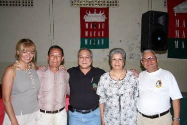 A chapa eleita em 2008 na Casa de Macau de São Paulo. Da esquerda, Mia Luz, João Bosco da Silva, Alex Airosa (presidente), Manuela Agoston e Roberto Gomes.