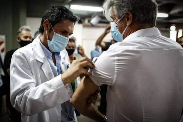 Nueva York abre centros para vacunar las 24 horas