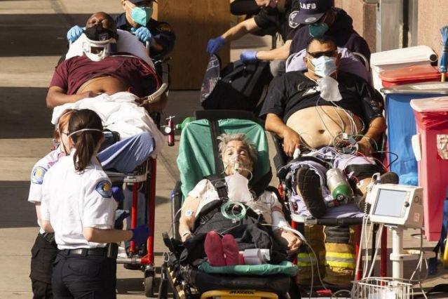 Estados Unidos supera los 400 mil fallecidos por COVID-19