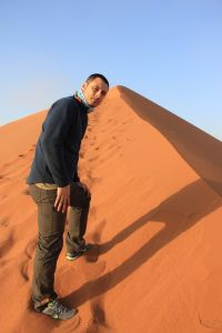 Subiendo a la Duna 45, visita al desierto de Namib