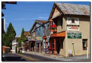 Groveland main street durante nuestra visita a Yosemite