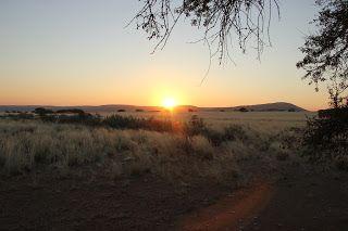 Puesta de sol en Sesriem, visita al desierto de Namib